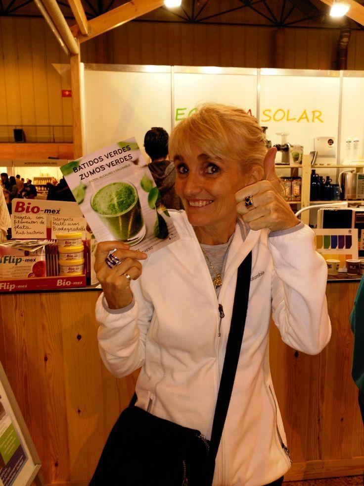 http://www.extractordezumosya.com/batidos-verdes-zumos-verdes/ - El mejor libro de Batidos Verdes y Zumos Verdes - El mejor libro de Batidos Verdes y Zumos Verdes con ingredientes 100% Españoles. INCLUYE: Selección de más de 35 Recetas con valor nutritivo y por categorías. Siente el Bienestar y la energía de las mejores técnicas Detox y Ayunos con Zumos Verdes. DISPONIBLE en EBOOK Y PAPEL.  #Batidosverdes, #Zumosverdes, #detox, #greensmoothies, #vegano