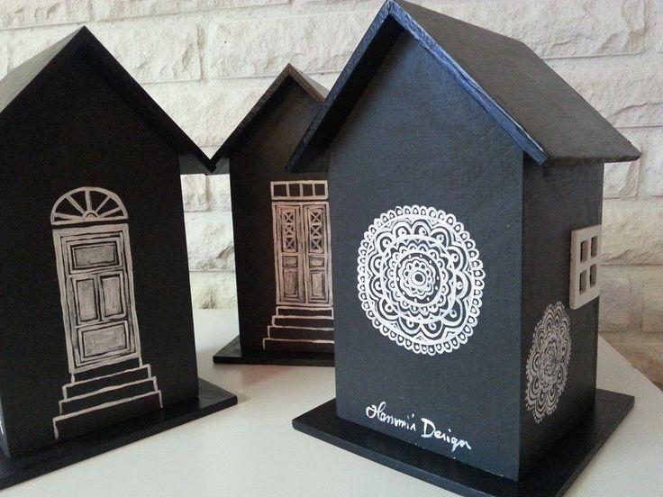Houses. Paintings by Hammi´s Design.