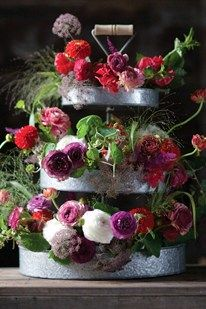 How To Arrange Flowers The Flower Recipe Book Grand Designs (BridesMagazine.co.uk)
