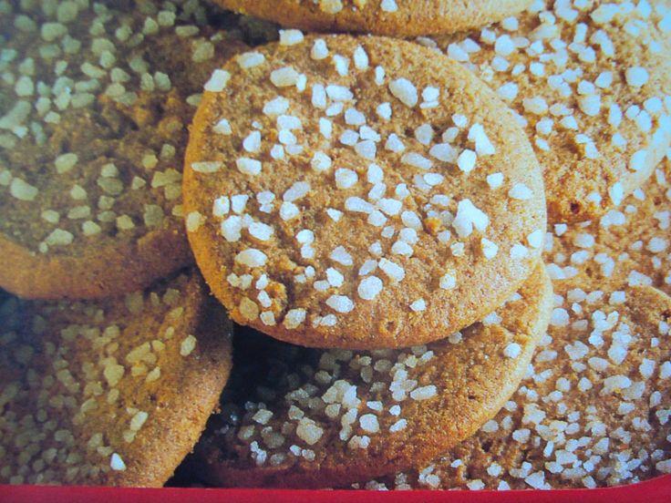 le ricette di chycca: Biscotti al caffè e granella di zucchero