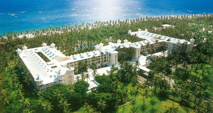 Elegantul hotel Riu Palace Macao 5* , al renumitului grup hotelier Riu este situat in mijlocul unui vast areal de palmieri, direct pe plaja cu nisip alb si fin.