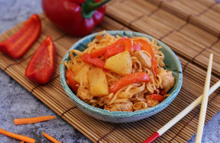 Egy finom Kínai édes-savanyú csirke tésztával ebédre vagy vacsorára? Kínai édes-savanyú csirke tésztával Receptek a Mindmegette.hu Recept gyűjteményében!