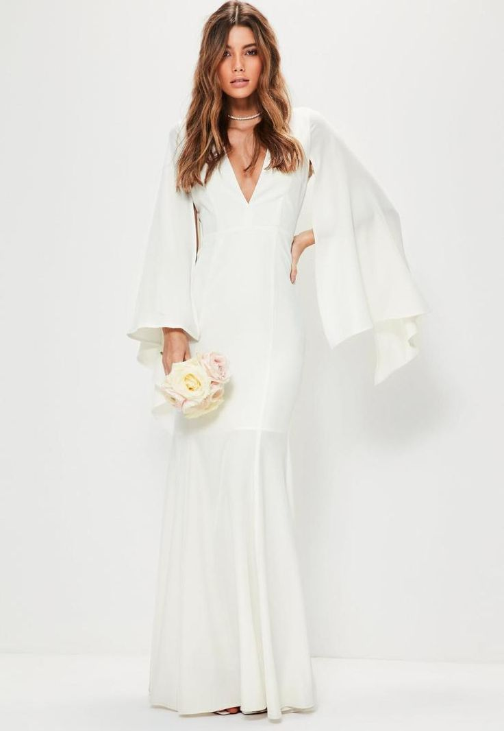 Affordable wedding dresses for a contemporary bride (all under 200€)