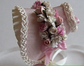 Beautiful miniature 1/12 scale handmade dollshouse pale pink silk bonnet