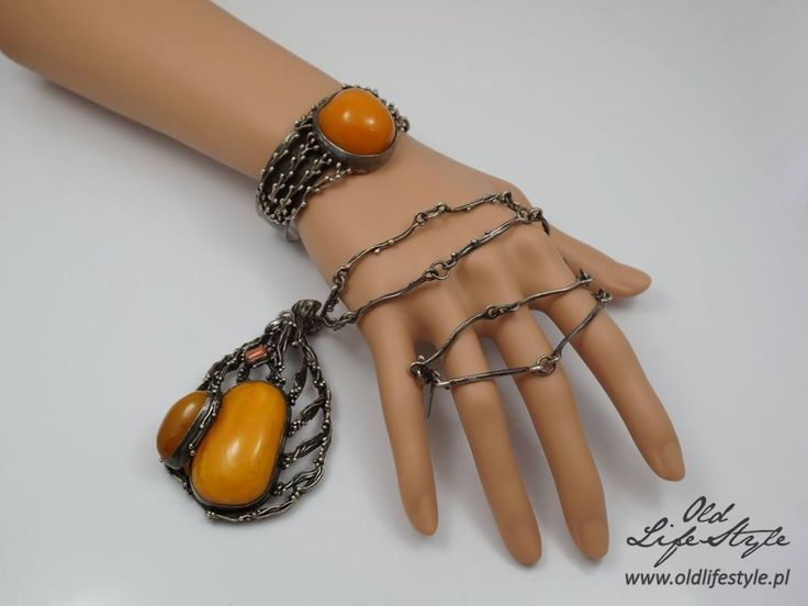 Silver necklace and  bracelet decorated with milky amber  #polishjewellery…