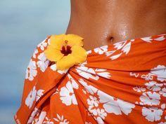 bronzear tome um banho e hidrate a pele com óleo de amêndoas! 9 - Comer cenoura ajuda a manter o bronzeado! 10 - Não esfolie a pele depois que se bronzear