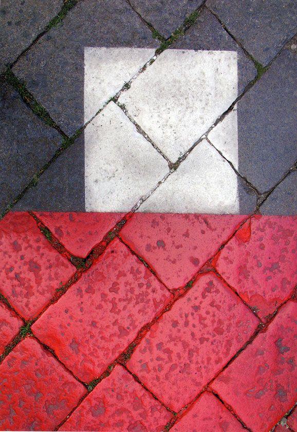 Franco Fontana      -    http://www.photoandcontemporary.com/artistartworks.aspx?ar=3