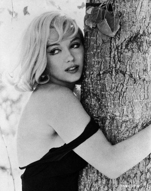 Marilyn Monroe, 1961. Photograph by Henri Cartier-Bresson.