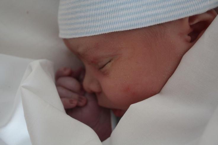 Mi hijo Pablo, el dia que nació.  My son Pablo, the day he was born