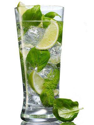 A savory summer cocktail: Fresh Basil, Protein Diet, Cocktail Recipes, Bolshoi Basil, Limes Juice, Summer Drinks Recipes, Basil Cocktails, Fresh Limes, Cocktails Recipes