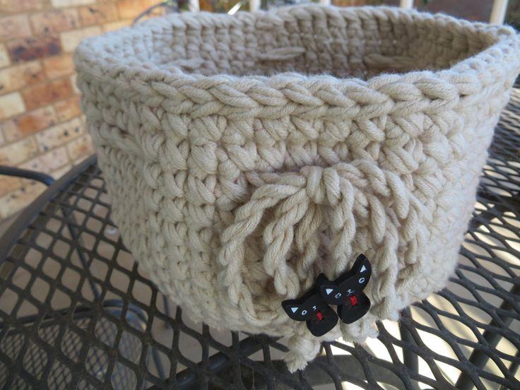 basket, crochet, cotton blend yarn, wooden buttons, own design 2016