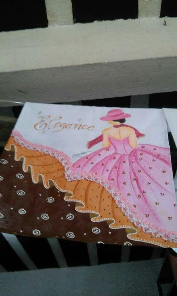 Pintura em tecido - Compartilhado no grupo Barrados Inteligentes do Facebook - Lindo demais!