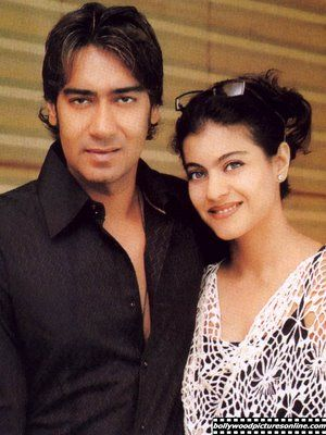 Really nice picture of Kajol and Ajay Devgan!