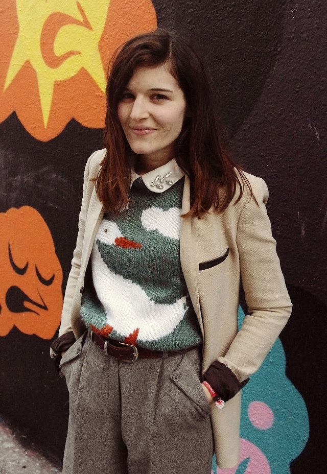 A fall look that's cozy, quirky, and work-appropriate all in one!