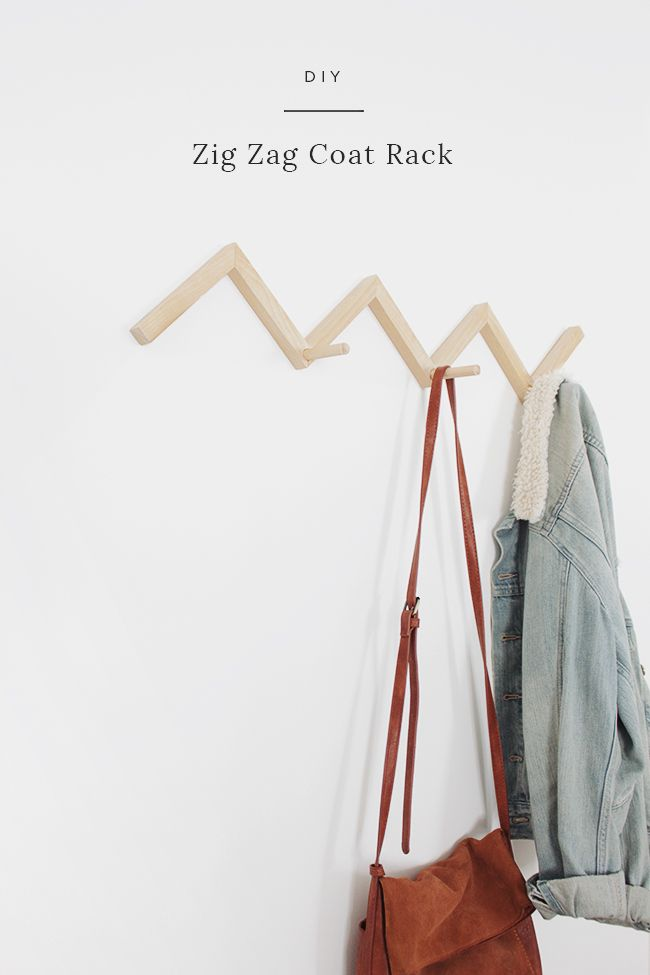 Simplistic and beautiful DIY wooden zig zag coat wall rack