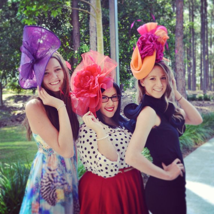 Our girls are Melbourne Cup ready, are you?? #races #robinatowncentre #thehatstore #robina #australia #fascinator #melbournecup #fashion #headwear #style #racewear #headdress