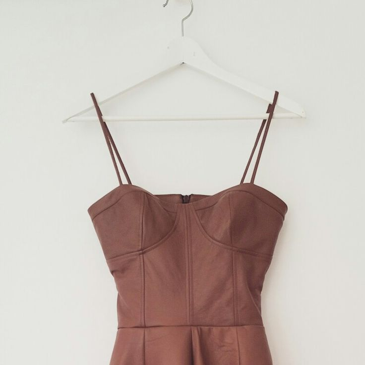 Andra Andreescu leather design
