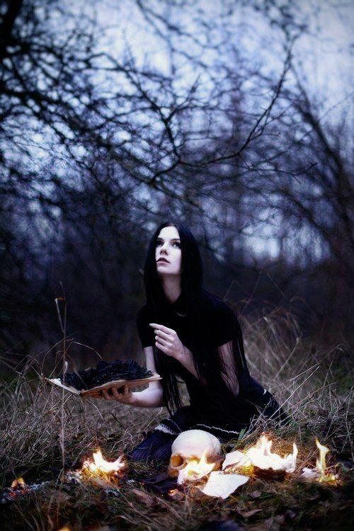 обобщённый фотосессия ведьма в лесу фото век стал для