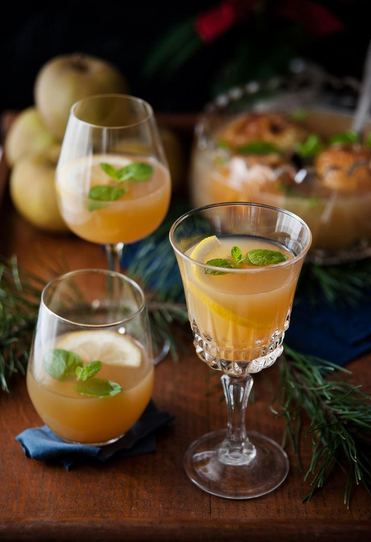 Apple punch with herbs and spices that help digestion