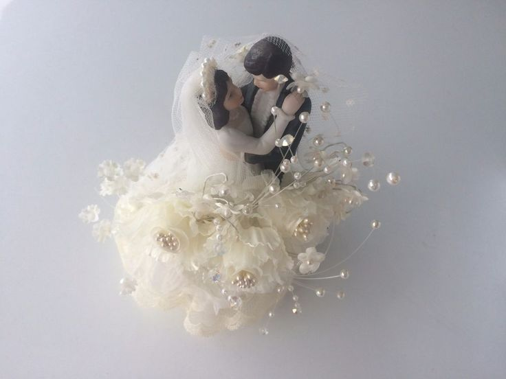 Vintage Wedding Cake Topper Caucasian/Brunette Bride & Groom By:LOMEY MFG #LOMEYMFG