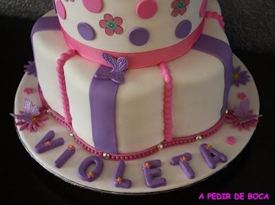 decoracion de cumpleaños de violeta