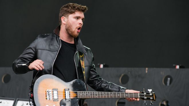 Mike Kerr guitariste bassiste de Royal Blood