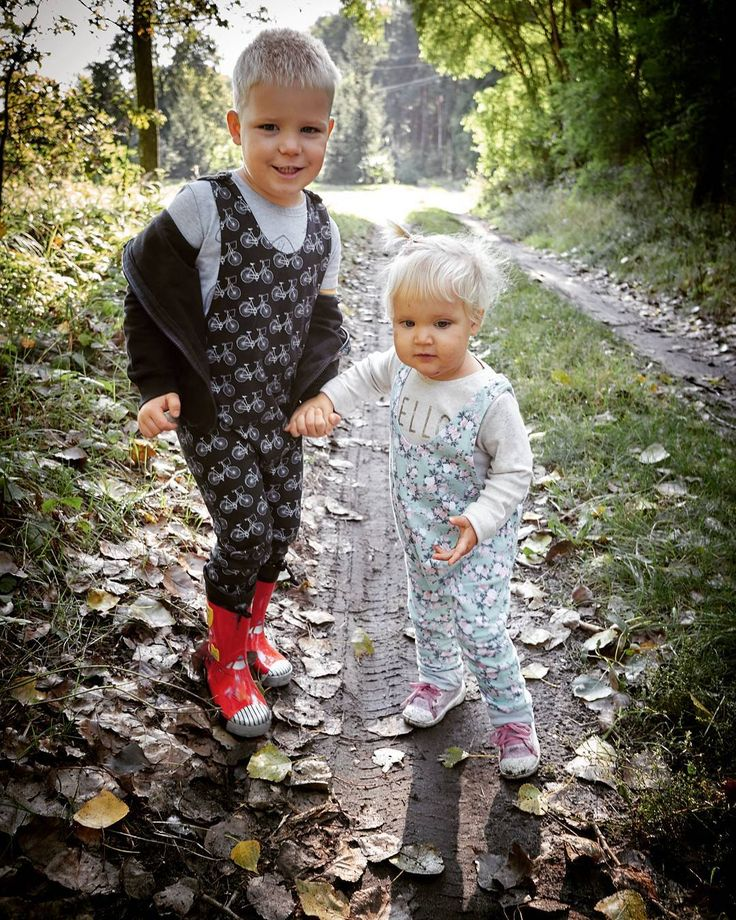 They are on to something, I just know it :)  #madebymepatterns  #romper #sewing #patterns for #baby nad #kids   #cute #pattern #sweet  #siblings   madebymepatterns.com