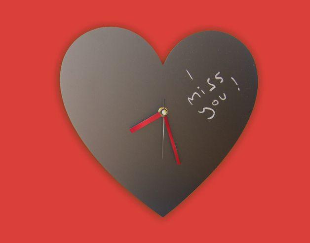 Relojes - Madera Corazón Pizarra Reloj Para Mensajes de Amor - hecho a mano por Jolyon_Yates en DaWanda