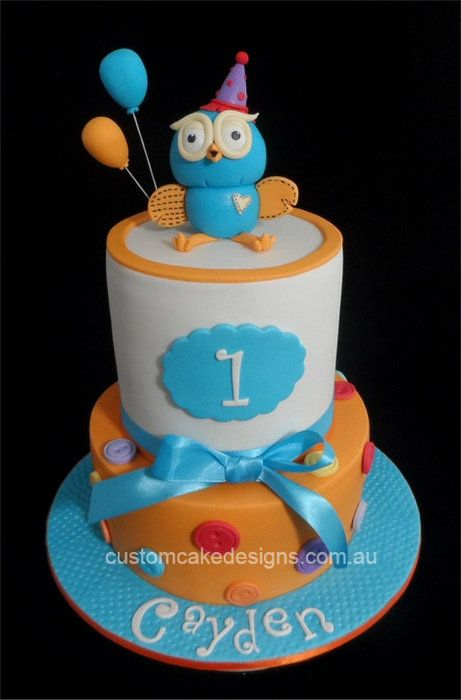 Giggle and Hoot Cake.