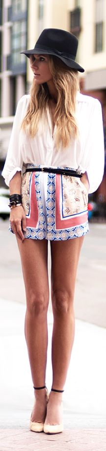 patterned shorts, white top, fedora. perfect for summer!!