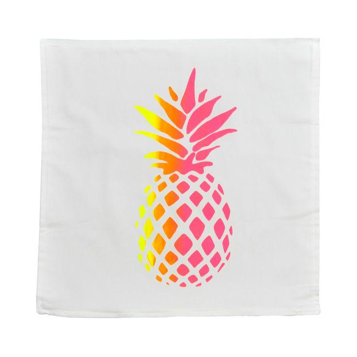 Kussenhoes - Pineapple Wit/fluo geel/fluo roze  #kussen #kussensloop #woontextiel #woonkamer #slaapkamer #bank #bed #stoel #zeefdruk #ontwerp #grafisch #design #musthave #wannahave #waterbasis #ambacht #trending #interieur #illustratie