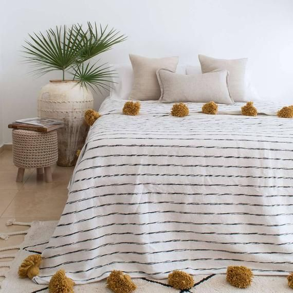 Moroccan Pom Pom Blanket Pom Poms Moroccan Throw Blanket Etsy Moroccan Throw Blanket Moroccan Blankets Bedroom Blanket