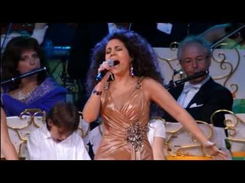 Carmen Monarcha - Earth song (M.J. Tribute)(Andre Rieu)