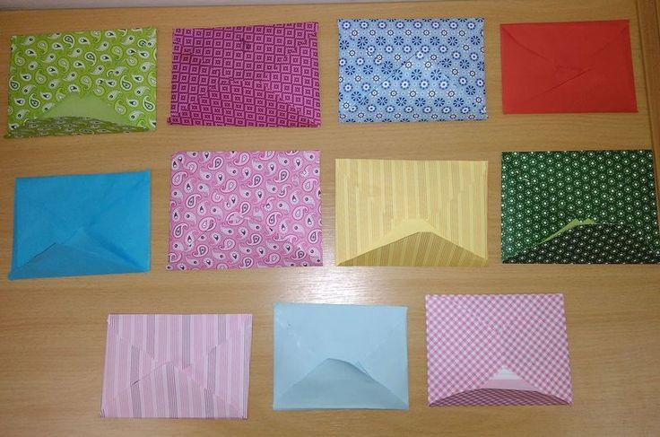 Světový den pošty - výroba obálek.