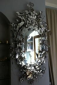 Work Of Art: Vintage Mirror, Bathroom Design, Design Bedroom, Mirror Mirror, Venetian Mirror, Bedrooms Interiors Design, Wall Mirror, Mirrormirror, Bathroom Interiors Design