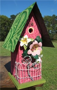 Cottonwood Gallery carries a well rounded selection of quality, handcrafted gifts of fine art, #jewelry, #pottery, decoys, #wildfowl replicas, #gourds, #birdhouses, garden decor, children's decor, and much more.   Located just 10 miles north of the Wright Memorial Bridge in Jarvisburg, North Carolina.