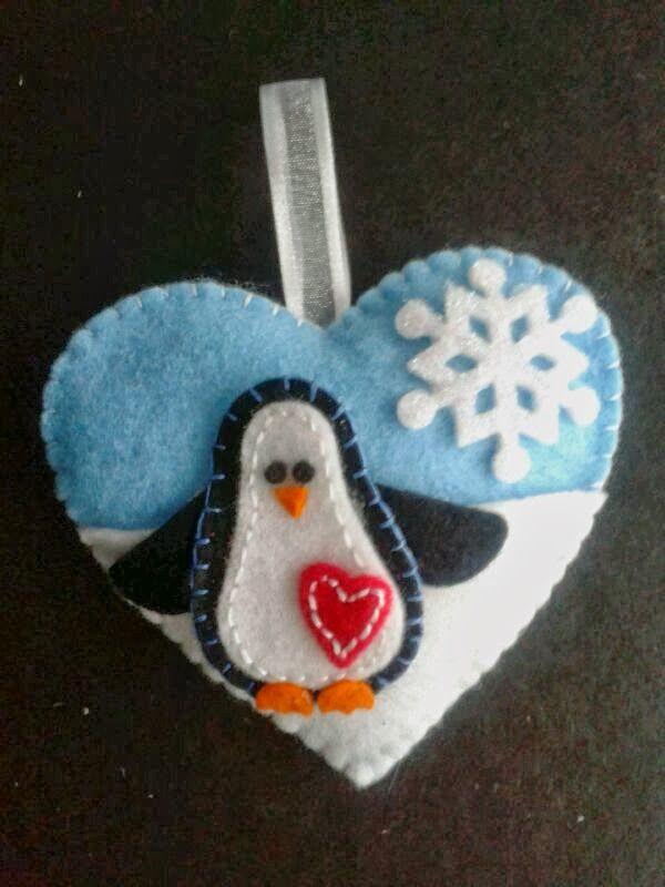 Christmas Felt felt penguin - stuffed toy pattern sewing handmade craft idea template inspiration felt fabric DIY project children Christmas DIY ornament