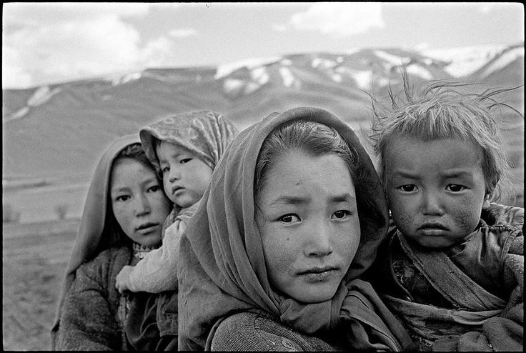 Asia: Hazara girls, Bamiyan, Afghanistan