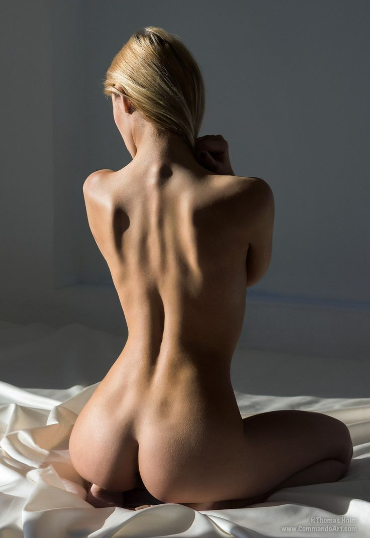 oceane models nude ass Artistic pose