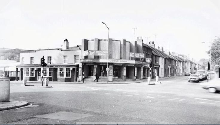 Vogue gyratory, Lewes Road. The site before demolition in 1983