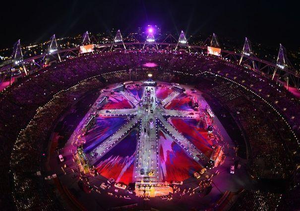 Un des tableaux de la cérémonie de clôture des jeux Olympiques de Londres, au stade olympique, le 12 août 2012.
