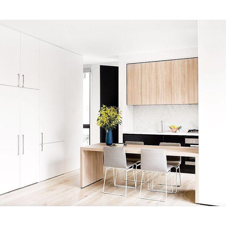 #interior by @katewalker_design #architect #neilarchitecture #design @milieuproperty #melbourne #homedesign #interiordesign #interiorstyling #abode #kitchendesign #homeinspo #interiorinspo #customhomes