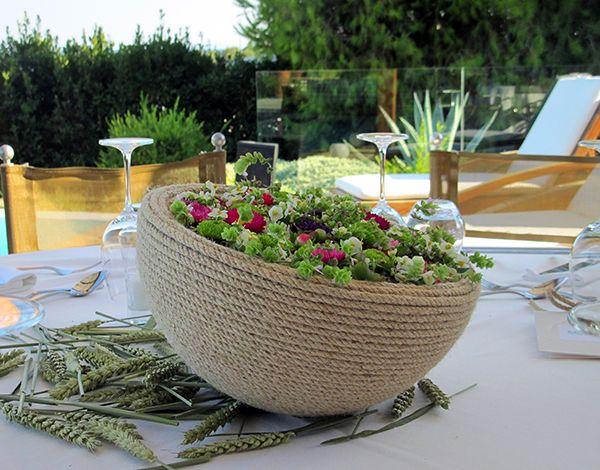 Kokkinos Flowers - Love4Weddings http://www.kokkinos-flowers.gr/index.php?lang=en&Itemid=537  #KOKKINOSFLOWERS #FLORALCULTURE #TABLEDECOR