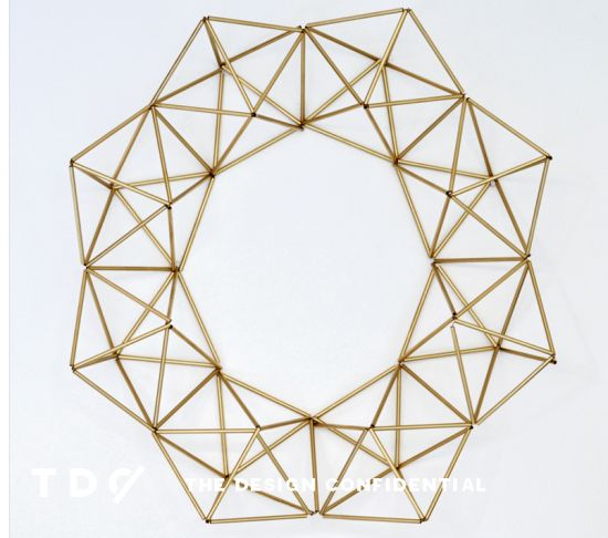 Handmade Holiday Decor: DIY Faux Brass Himmeli Wreath | The Design Confidential