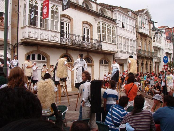 File:Ortigueira.Festival celta.Xigantes.jpg