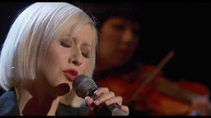 Christina Aguilera - Lift Me Up (Live at Hope For Haiti, 2010) She always helps me get through....