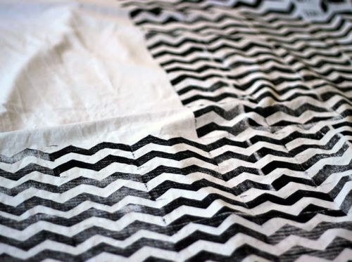 DIY: Block Printed Chevron_great For Artwork Or Fabric Might Be Nice To Do  This