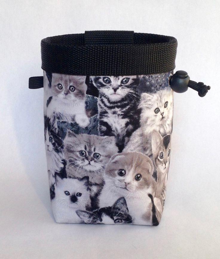 Climbing Chalk Bag, Rock Climbing Chalk Bag, Gift for Climber, Kittens, Cats by knoxmtnbags on Etsy https://www.etsy.com/listing/258628414/climbing-chalk-bag-rock-climbing-chalk