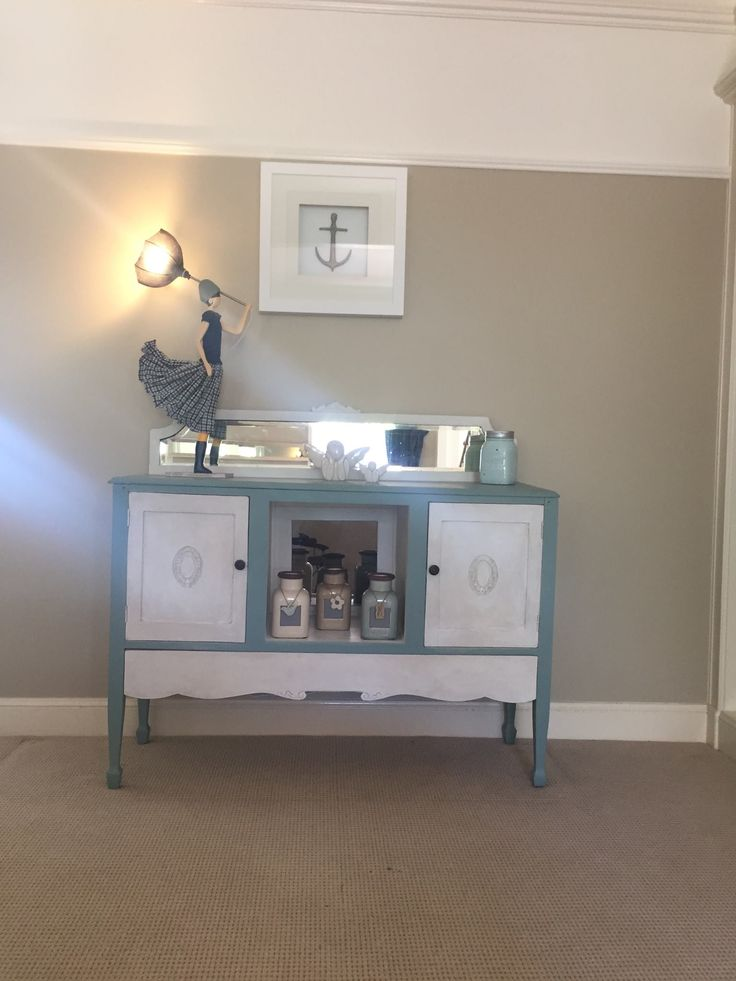 Vintage hall table makeover in Classic Calm and Worn White