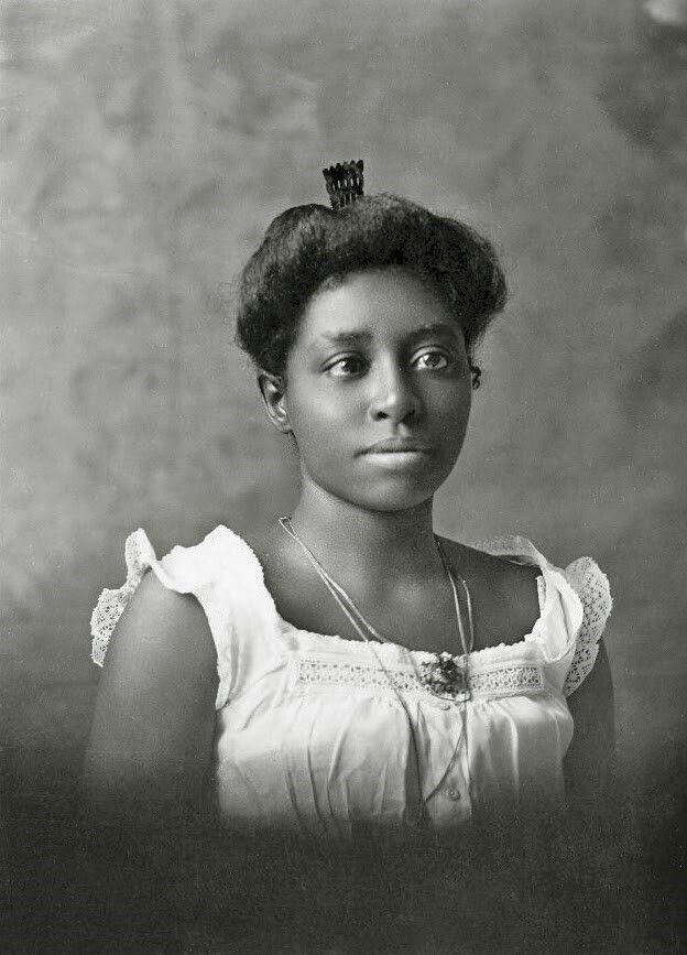 Portrait of Ellen Marks, 1899
